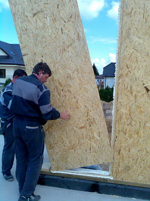 Osazení stěnového panelu